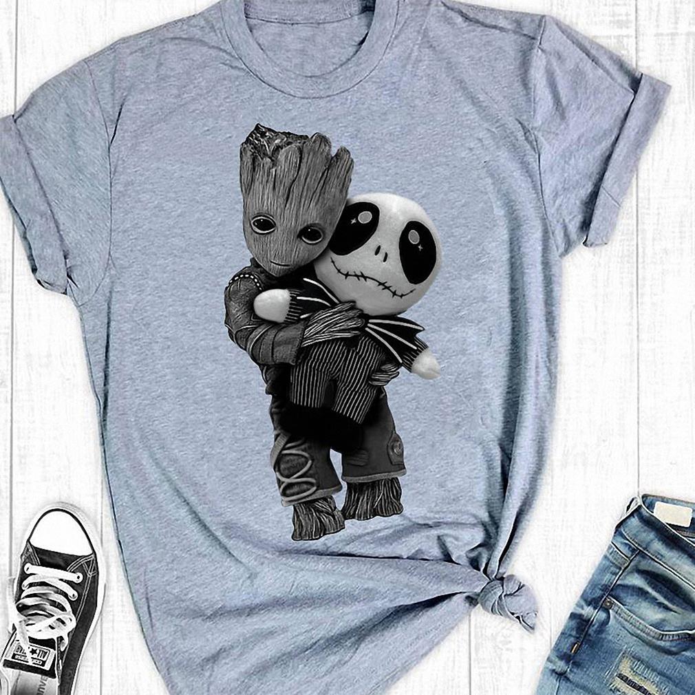 Groot hug tiny Jack Skellington sport grey shirt