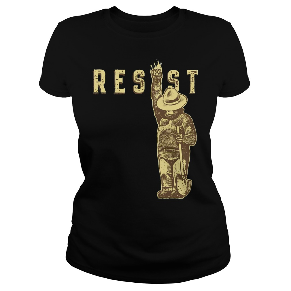 Official smokey bear says resist ladies shirt