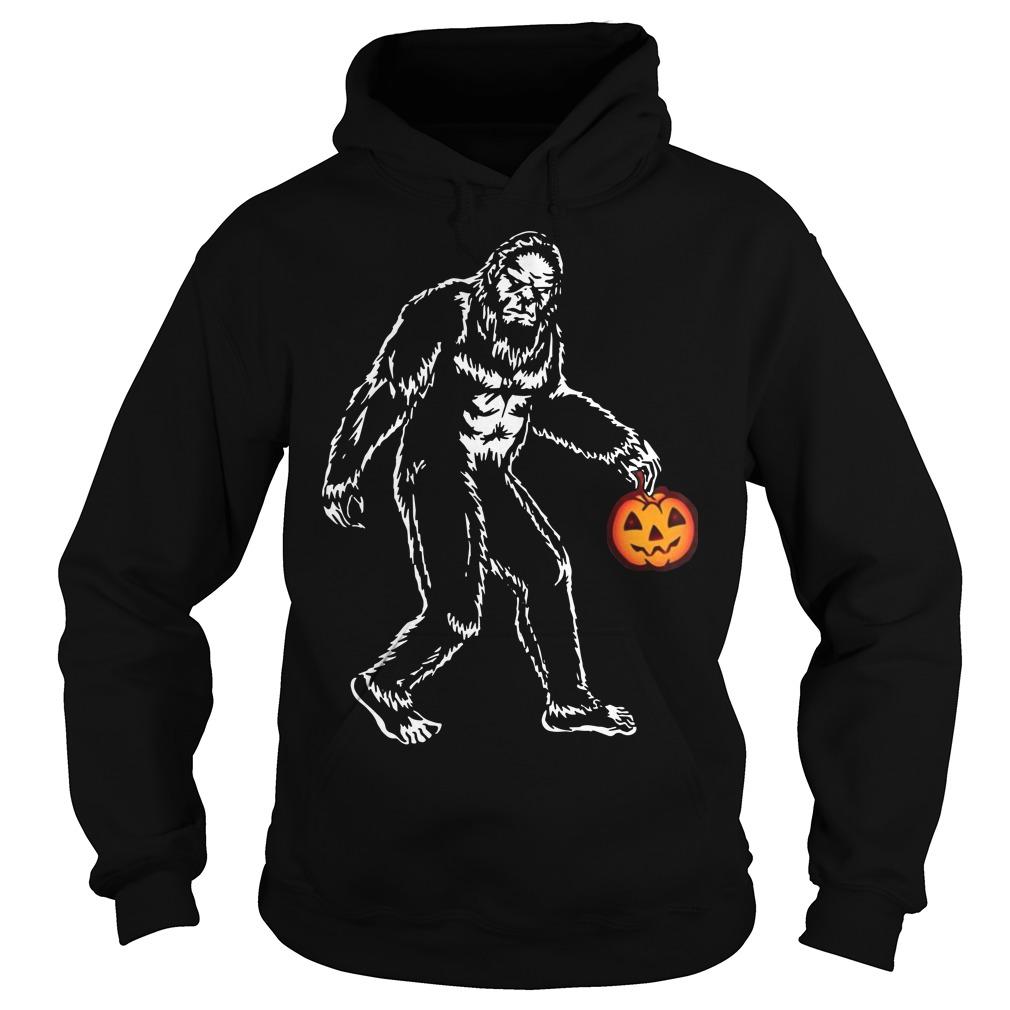 Bigfoot hold pumpkins halloween hoodie