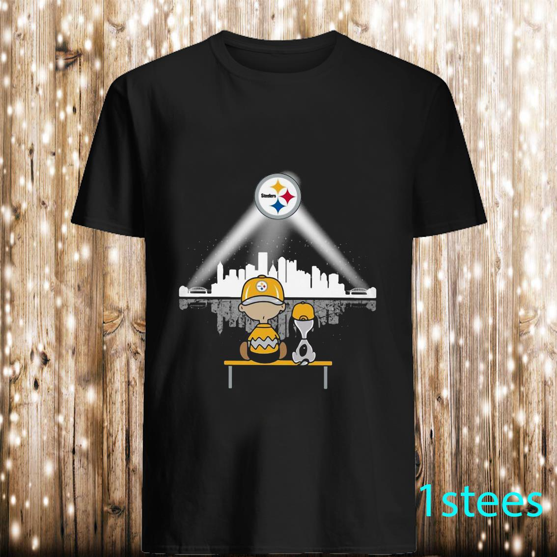 Charlie Brown and Snoopy Watching Pittsburgh Steelers Shirt
